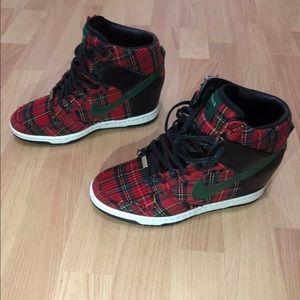 Shoes - NIKE Dunk Sky Hi wedge City LONDON Christmas QS